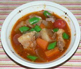 圧力鍋で、豚バラ肉と野菜のトマトスープ煮