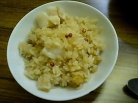 ホタテ貝柱とジャガイモの炊き込みごはん