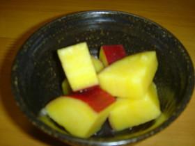 お弁当に!サツマイモのレモン煮