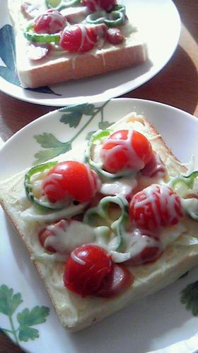 簡単☆朝食にピザ風トースト