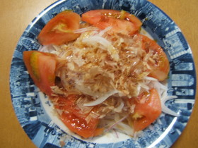 たまねぎのサラダ(特製和風ドレッシング)
