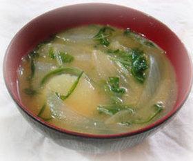 新たまねぎ&水菜たっぷりのお味噌汁