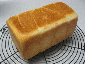 自家製酵母で うちの50%米粉食パン