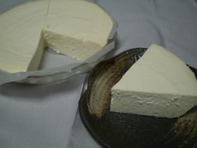 寒天で、おからと豆腐のレア風チーズケーキ