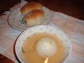 新たまねぎのシンプルオニオンスープ
