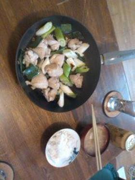 鶏肉のネギ塩炒め