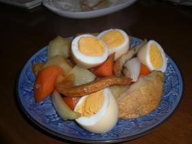 ゆで卵もご一緒に☆さつま揚げと野菜の煮物