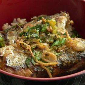 オイルサーディーン&葱のミニ丼