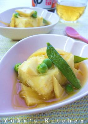 揚げ出し豆腐のわさび風味春野菜あんかけ