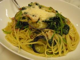 茄子とほうれん草のスパゲティ