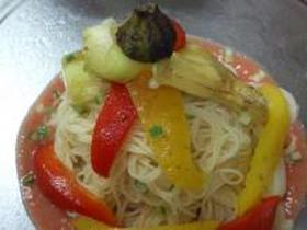 焼きナスと焼きパプリカの冷製パスタ