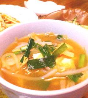 キムチ鍋の残り汁でキムチ風味スープ