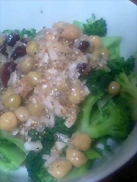 新たまねぎドレッシングの豆サラダ