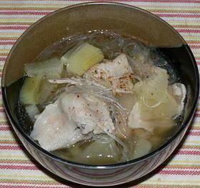 豚バラ肉と大根、春雨の和風スープ