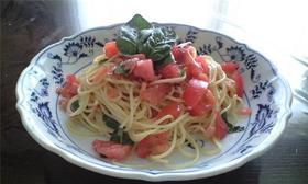 トマト&バジル&ベーコンの冷たいパスタ