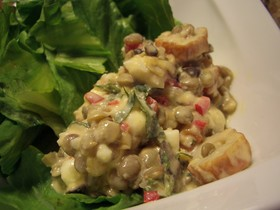 レンズ豆と竹輪の半熟タルタルサラダ