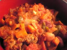 ラム肉とミックスビーンズのカレートマト煮