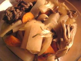 ラム肉と玉葱と人参と大根と白菜の生姜煮物