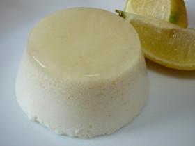 レモンと豆腐のホワイトムース