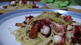 タコとドライトマトのスパゲティ