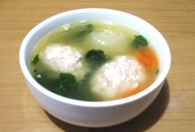 安いし、超簡単★鶏のつみれスープ★
