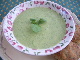 クレソンとグリーンピースのスープ♪