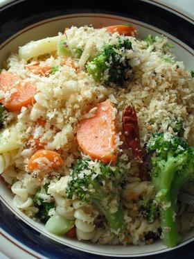 温野菜とマカロニのアーリオ・オーリオ