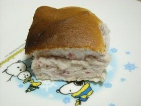 卵白消費にフレッシュ苺の泡雪ケーキ