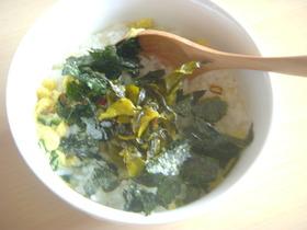 辛子高菜でピリ辛スープ飯