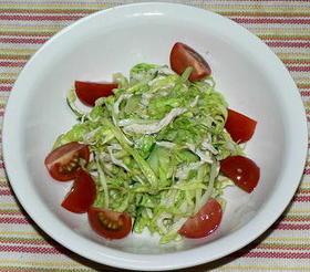 蒸し鶏入り和風コールスローサラダ