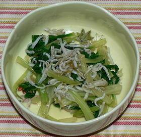セロリの葉と釜揚げちりめんの柚子胡椒味