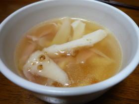 ちくわ・ベーコン・たまねぎの簡単スープ