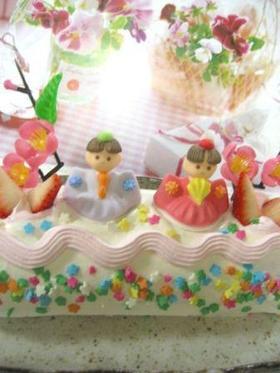 楽しいひな祭り♪くるくる♪おひな様のロールケーキ