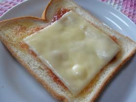 ✿朝から幸せ✿ジャム&チーズトースト