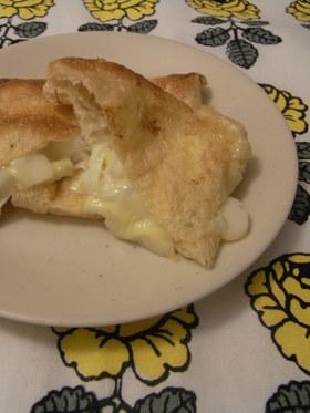 ネギとチーズの油揚げはさみ焼き