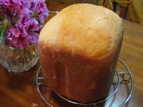 HBでセモリナ粉100%の食パン。