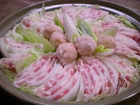 美しい!豚バラと白菜のミルフィーユ鍋♪