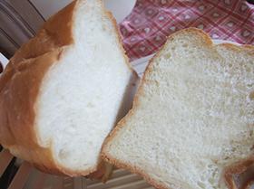 HBで簡単☆楽ちんヨーグルト食パン
