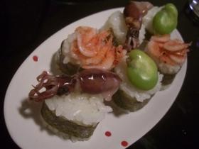 ソラマメとホタルイカと桜エビの軍艦寿司