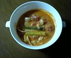 簡単!トマト鍋(豆乳クリーム味)