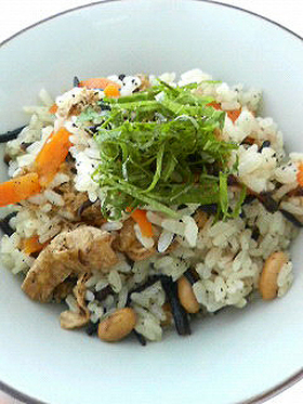 ひじきご飯♪混ぜるだけの簡単レシピ!