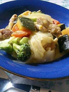 ☆がらスープで緑黄色野菜の豆乳煮込み☆