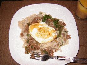 タイ風 挽肉炒ヌードル