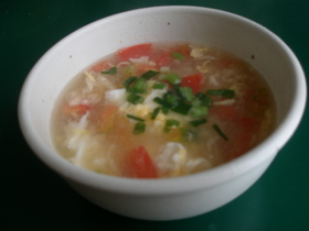 とっておきのトマトとたまごのスープ