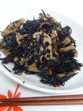 レンコンとひじきの炒め煮