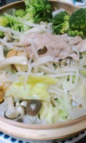野菜いろいろ蒸し料理