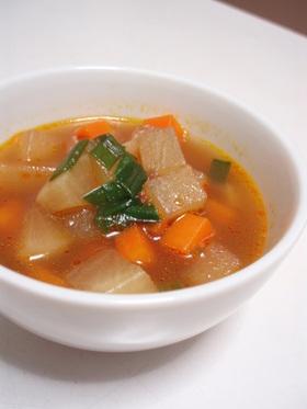 コロコロ大根と人参の大蒜オイスタースープ