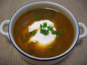 簡単!ポーチドエッグ入りカレースープ
