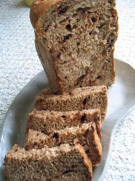 ふわふわ黒糖チョコチップパン
