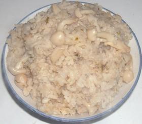 即席味噌汁で炊き込みご飯